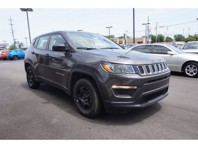 New 2019 JEEP Compass Sport